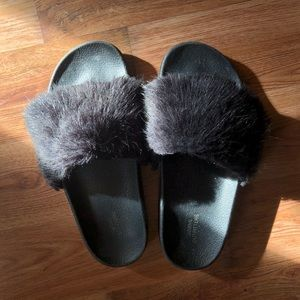 Urban Outfitters Black Fuzzy Slippers/Slides